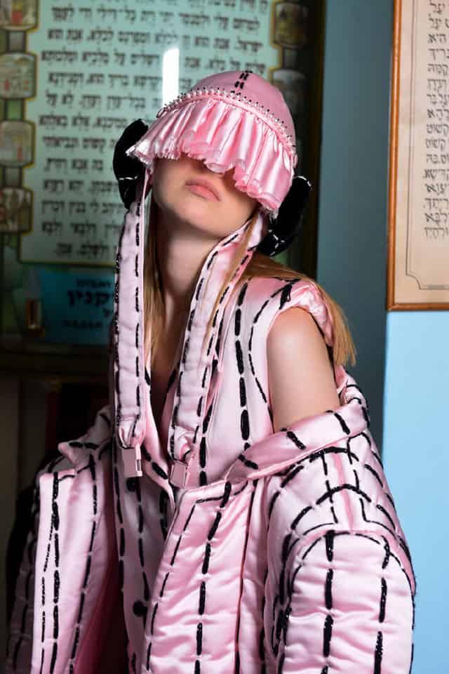 עיצוב אופנה: אהרון ישראל גניש - המרכז האקדמי ויצו חיפה, קונספט והפקה: אפי אליסי - עורך Efifo, צילום: מני פל, ארטדירקטור: ליז פלנסיה, איפור ועיצוב שיער: מרום טל, דוגמנית: Anna ל-MC2, ע.צילום: דימה שבצ׳נקו - אופנה, מגזין אופנה, חדשות אופנה, כתבות אופנה, Fashiom Magazine, Fashion, Efifo ,מגזין אופנה ישראלי, מגזין אופנה ועיצוב, עיתון אופנה, מגזין אופנה אונליין, טרנדים, סטייל - ש8