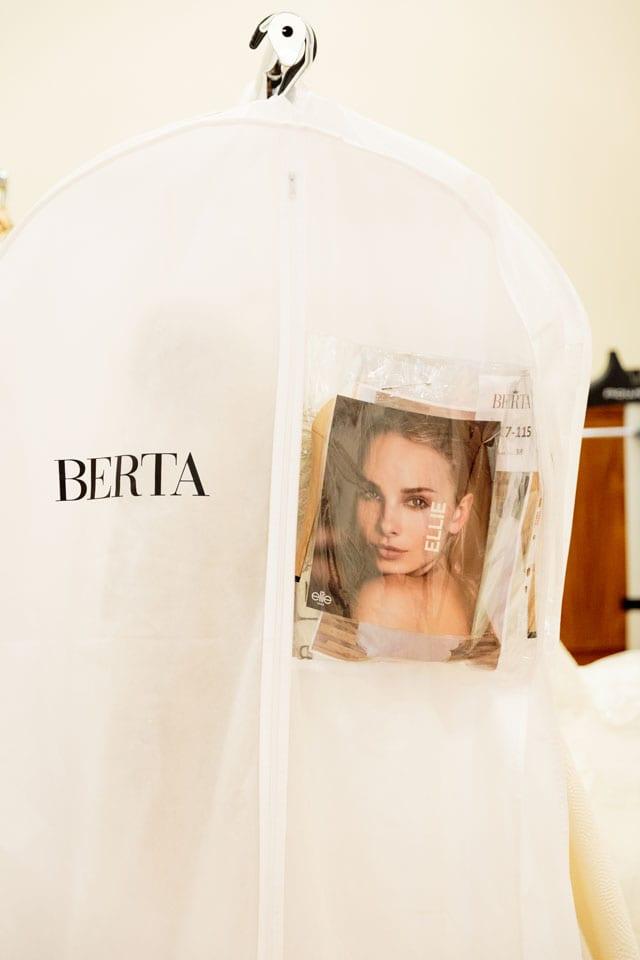 ברטה הציגה בשבוע האופנה לכלות בניו יורק את קולקציית 2017-5