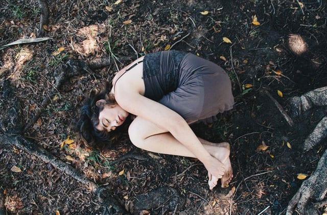 c,nubv: Growing pains -efifo, צילום: שרה דיין, סטיילינג: שרון סטאר,איפור: נועה צ'לסי דיין,דוגמנית: אלישבע וייל, צולם במסגרת פרויקט גמר ב-Ron Kedmi Workshops -