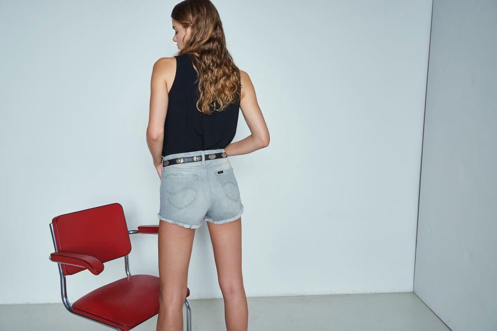 אופנה: Lee, קולקציית קיץ 2017. ג׳ינס צמוד וסקסי -5-20