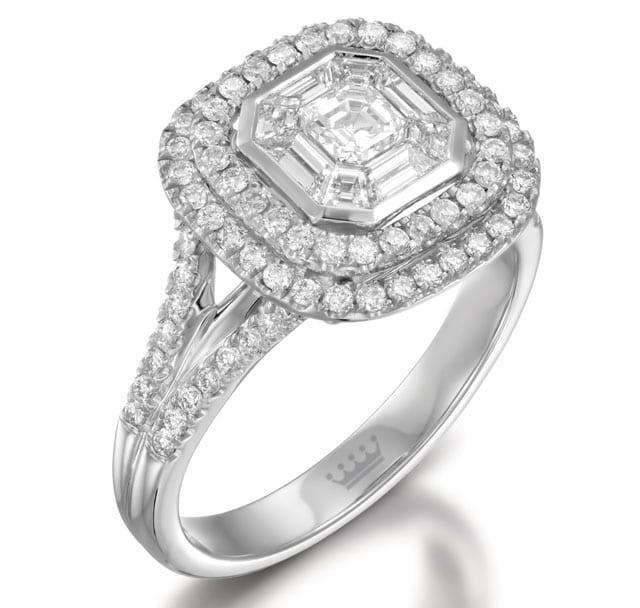 בתמונה: טבעת זהב לבן ויהלומים, טבעות אירוסין, טבעות נישואין. רויאלטי (ROYALTY). מחיר: החל מ-15,155 שקל.  <a href=