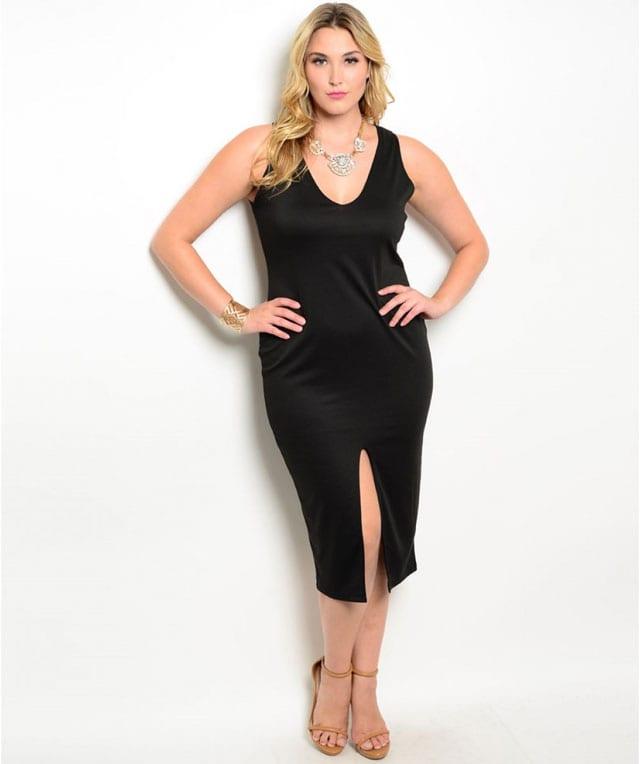 שמלה שחורה ולבנה למידות גדולות-1