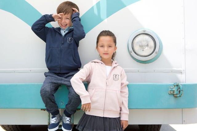 הילדים של קסטרו. הדפסות סמל בית ספר
