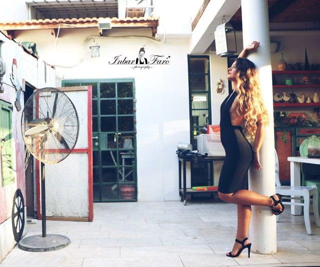 """בצילום: אופנה - ״מאה אחוז אישה"""". רוית גני מרקוביץ. צילום: ענבר פארו -"""