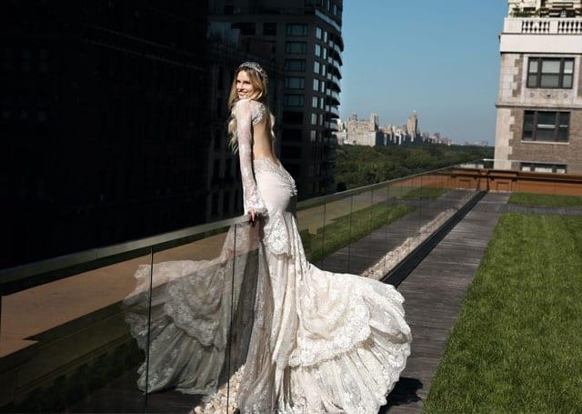 בתמונה: Inbal Dror Bride Dress. שמלת כלה של ענבל דרור. צילום: אייל נבו - 8