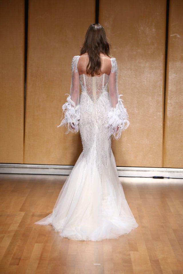 בתמונה: Inbal Dror Bride Dress. שמלת כלה של ענבל דרור. צילום: אייל נבו - 7