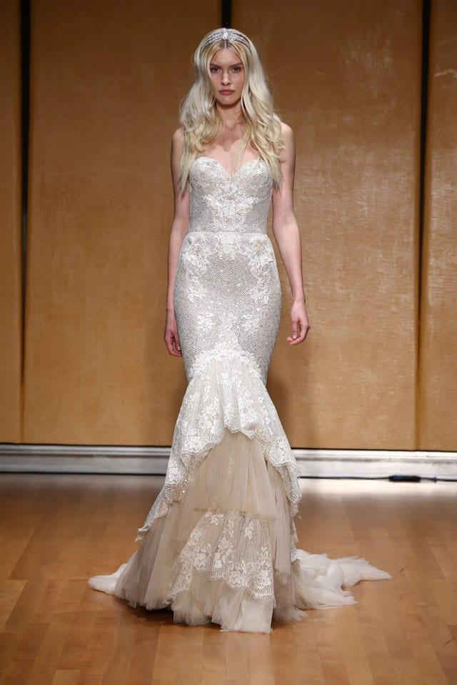 בתמונה: Inbal Dror Bride Dress. שמלת כלה של ענבל דרור. צילום: אייל נבו - 3
