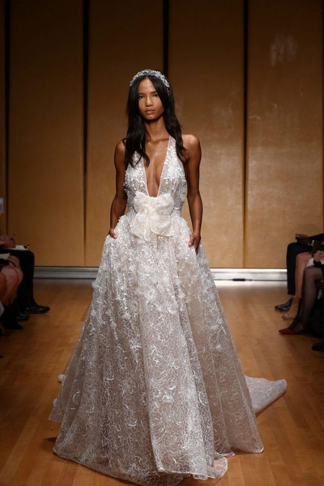 בתמונה: Inbal Dror Bride Dress. שמלת כלה של ענבל דרור. צילום: אייל נבו - 1