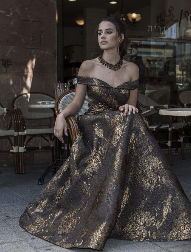 בתמונה: שמלת ערב, שמלות ערב. צילום: ג'ון מק'ריי (JOHN MCRAE)-10