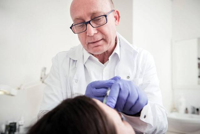 """החלקת קמטים: ד""""ר יונתן וייס, רופא בכיר לטיפול אסתטי-5"""