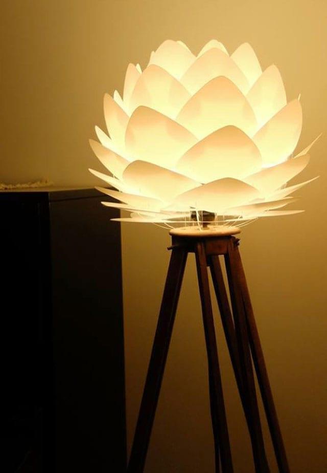 גופי תאורה - דגם SILVIA מיני לבן של VITA.DK מחיר 300 במקום 350 שקל. להשיג באתר BELLAKOOLA.CO.IL שח. צילום VITA.DK טל לברור 03-6744007