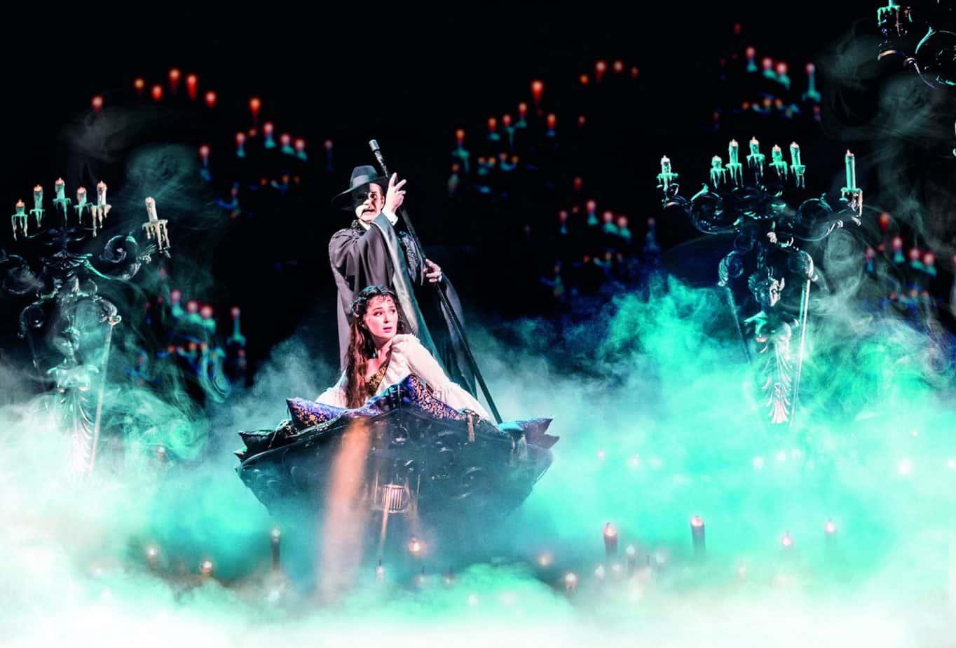 3.-THE-PHANTOM-OF-THE-OPERA.-Ben-Lewis-'The-Phantom'-and-Kelly-Mathieson...