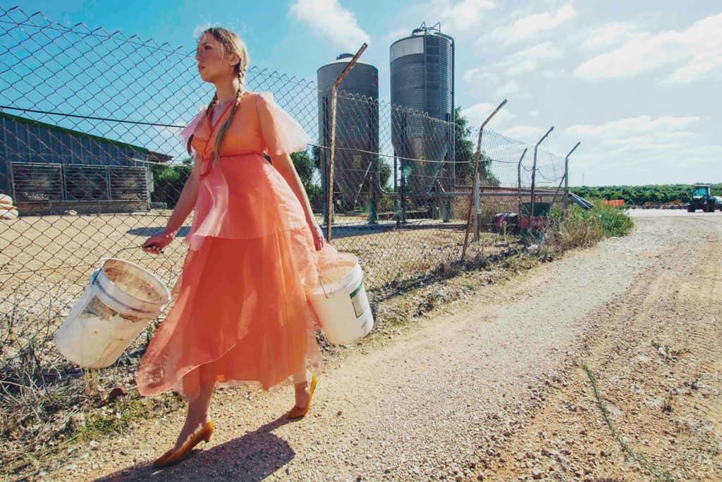 הפקת אופנה: צילום: מייקל מן, Michael Mann,דוגמנית: ארינה פלטונובה - 11