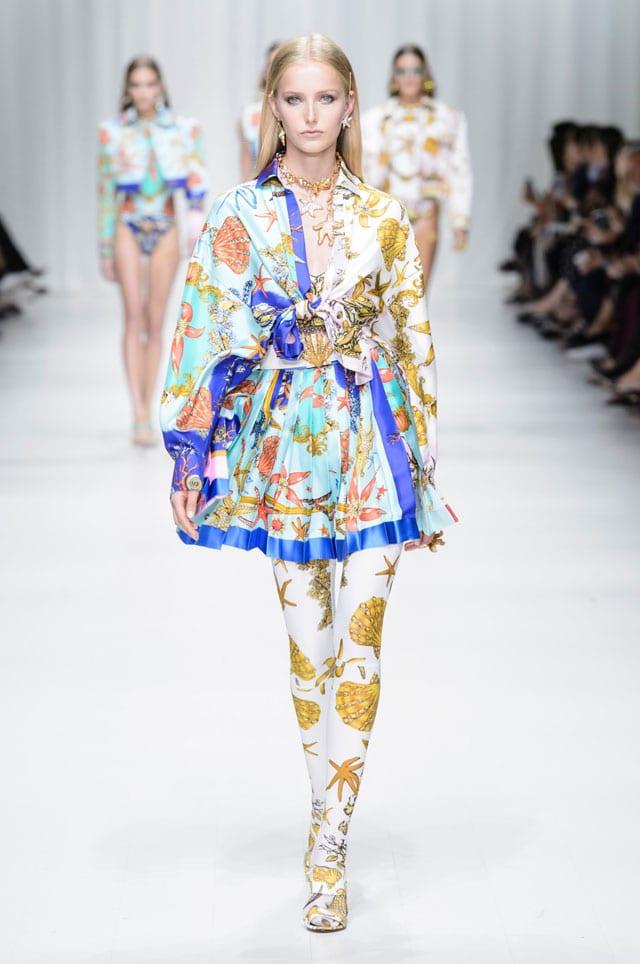 בתמונה: תצוגת Versace. אביב 2018. צילום יח״צ חו״ל-5