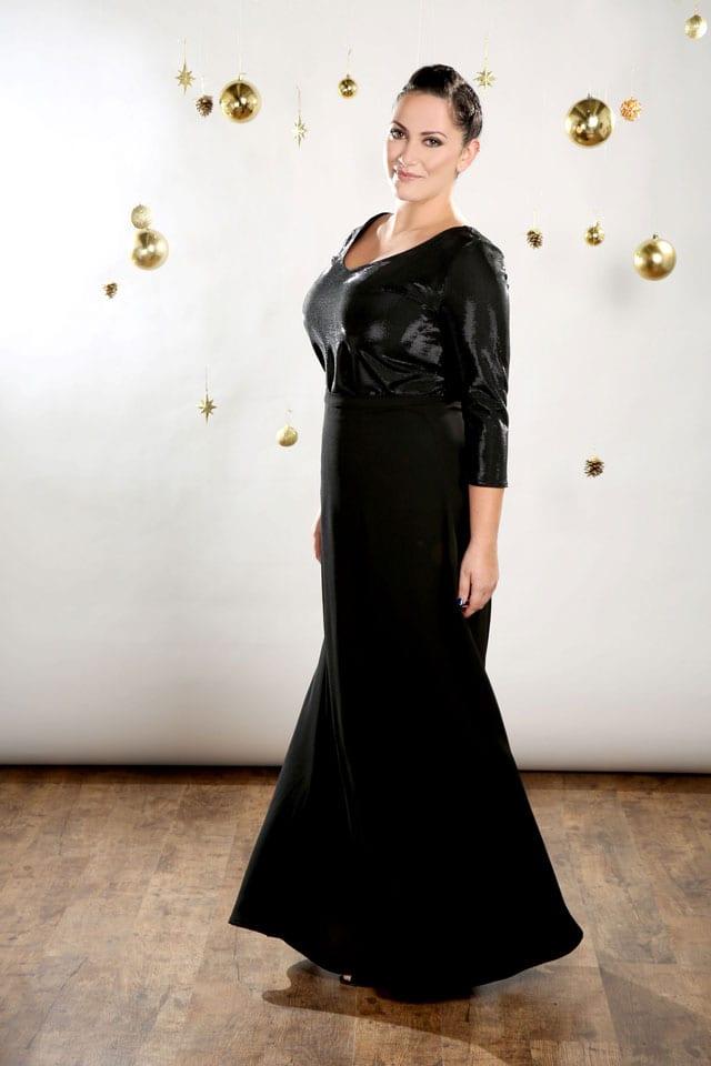 EFIFO. מגזין אופנה. טליה, שמלות במידות גדולות בסטייל נוצץ לסילבסטר-4