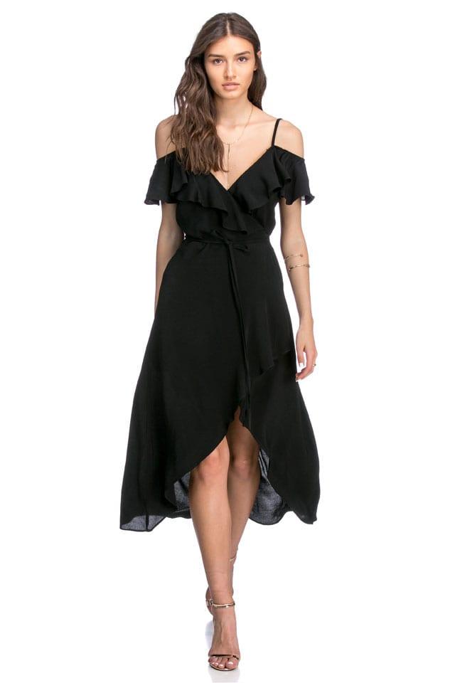שמלה שחורה לנשף פרום של Adika. Adika, שמלה שחורה של Adika, שמלת ערב, שמלה לנשף, שמלה של Adika לנשף פרום, שמלה למסיבה, שמלה לאירועים, שמלה של Adika, שמלת ערב שחורה של Adika' אופנה, fashion, style, trend, אופנה, efifo, אתר אופנה, טרנד, סטייל