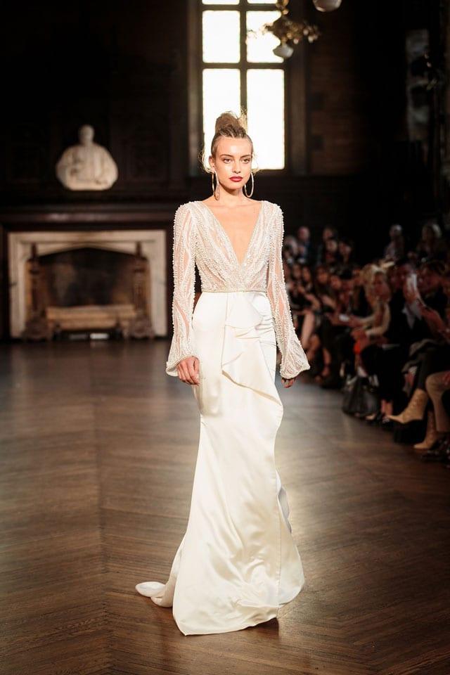 ברטה הציגה בשבוע האופנה לכלות בניו יורק את קולקציית 2017-36