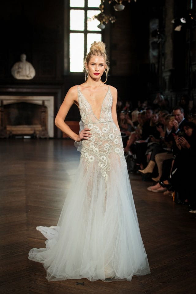 ברטה הציגה בשבוע האופנה לכלות בניו יורק את קולקציית 2017-41