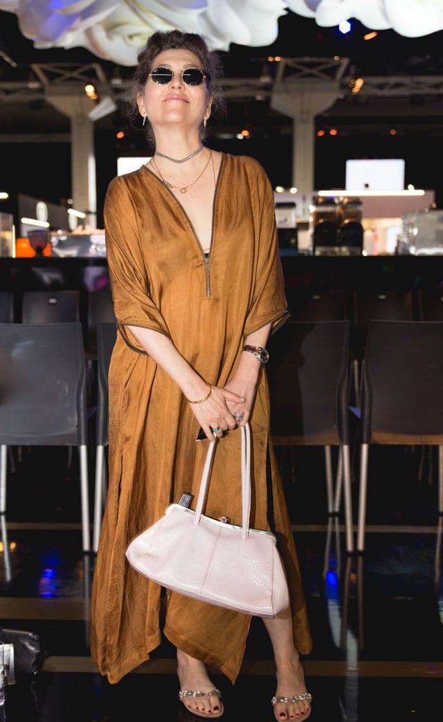 בצילום: קרן מור בתצוגת האופנה של דודו בר אור. beautycity2017. צילום: דביר גיחז