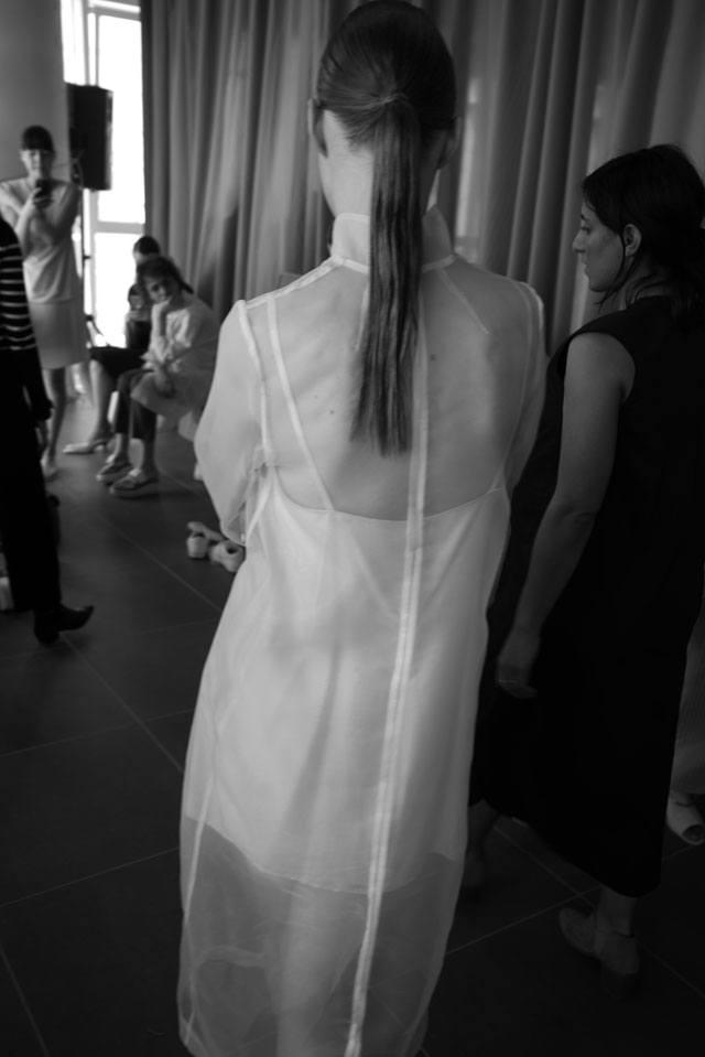 מאיה נגרי, קולקציית קיץ 2017, אופנת נשים, בגדי נשים. כתב:רן כץ, צילום:הילה כדי-8