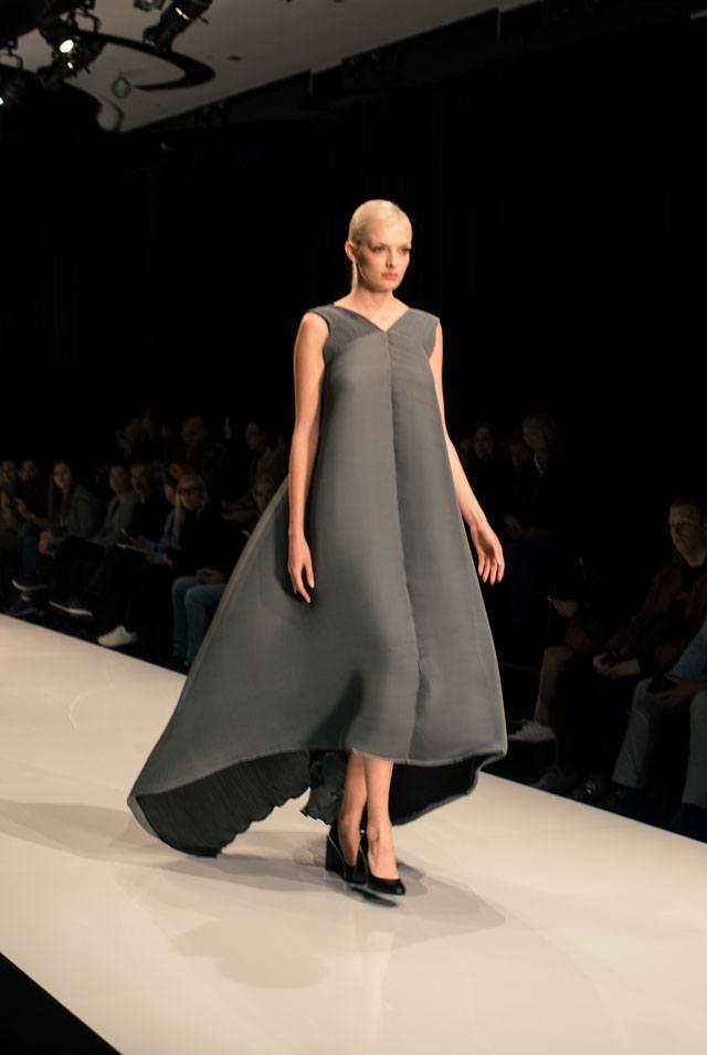 שבוע האופנה גינדי תל אביב 2017: תמרה סלם. צילום: דניס גרצקיס-16