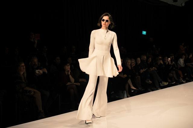 שבוע האופנה גינדי תל אביב 2017: תמרה סלם. צילום: דניס גרצקיס-4