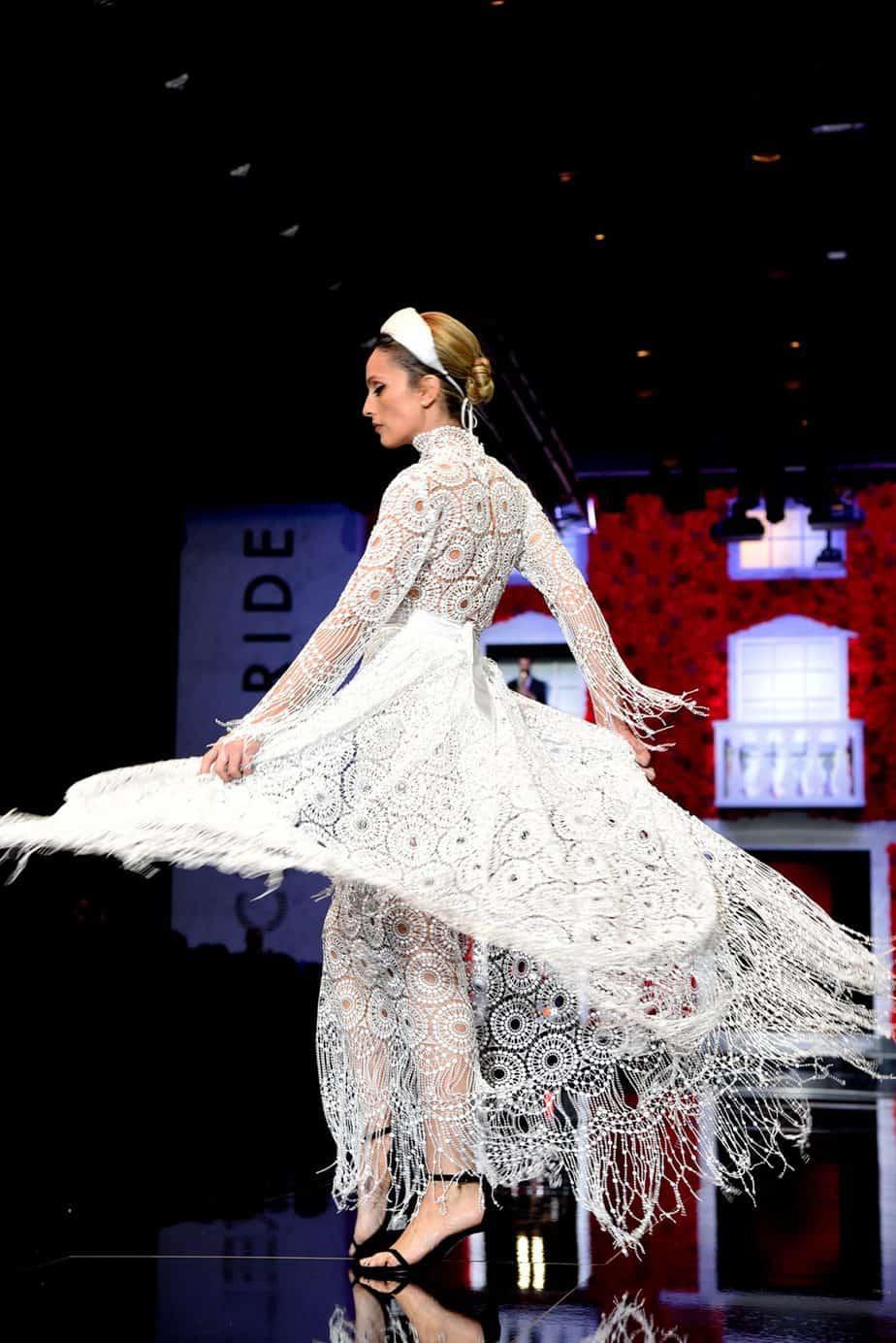 מלי לוי. שמלת כלה - עידן לרוס. צילום: לימור יערי