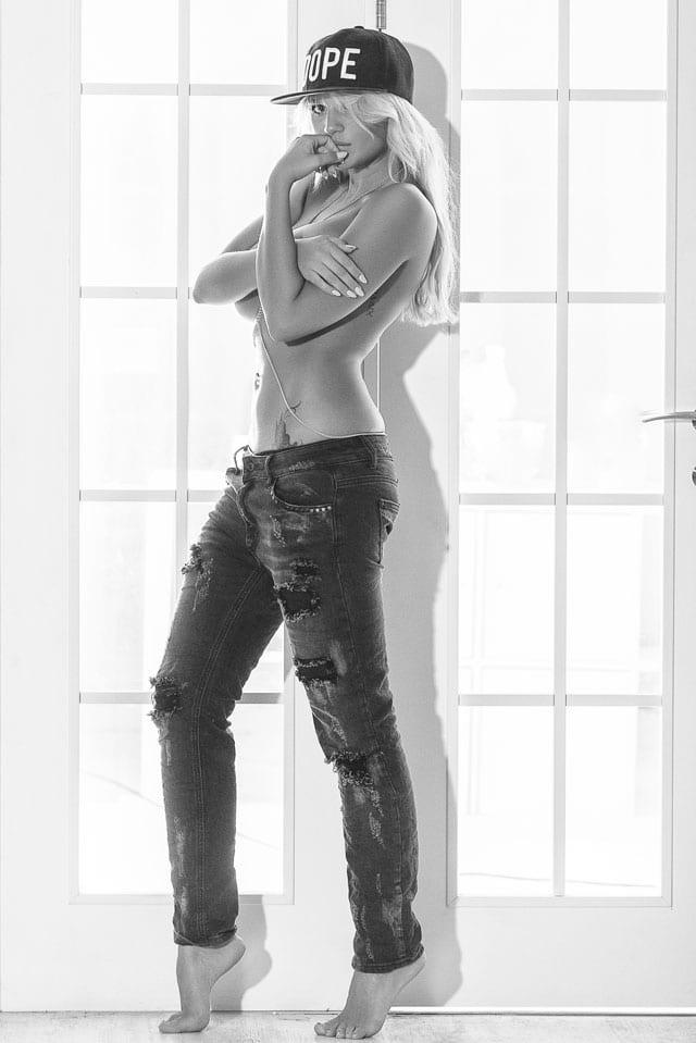 PRETTY WOMAN: Yasmin Yosef-3