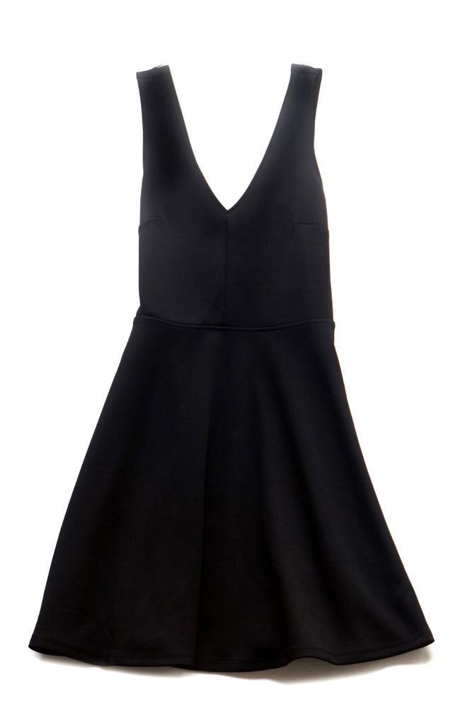 השמלה השחורה והנכונה לסילבסטר-24
