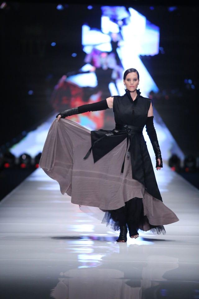 שבוע האופנה: 2015: בלינקי-6