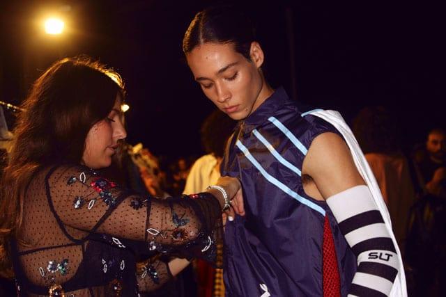 בתמונה: תצוגת אופנה של בוגר שנקר 2017. צילום: עומר רביבי - 19