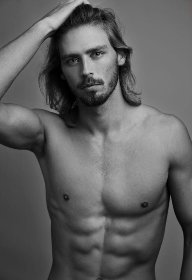 EFIFO, מגזין אופנה, ולרי קאנב, בן 24, 1.92, לסוכנות New Image - בטי רוקאווי ודניאל אוחנה