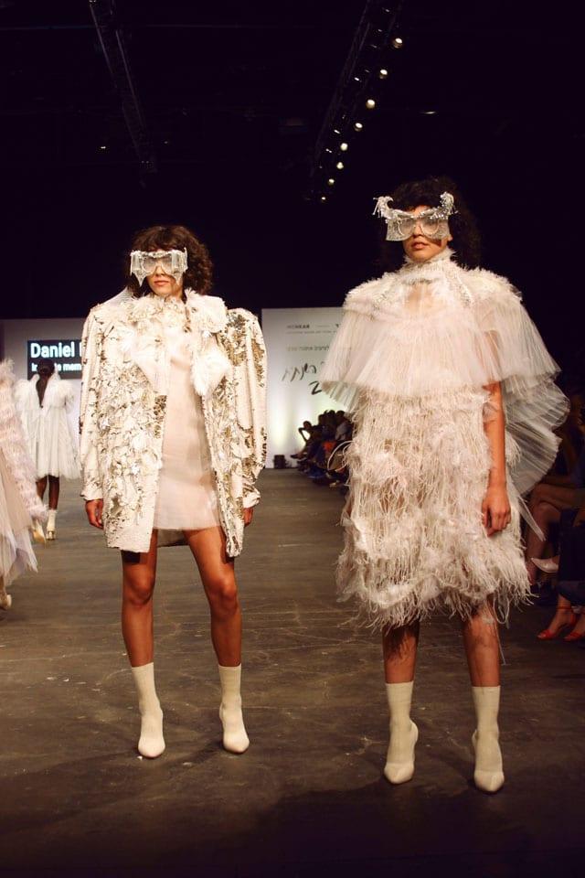 בתמונה: תצוגת אופנה של בוגר שנקר 2017. צילום: עומר רביבי - 4