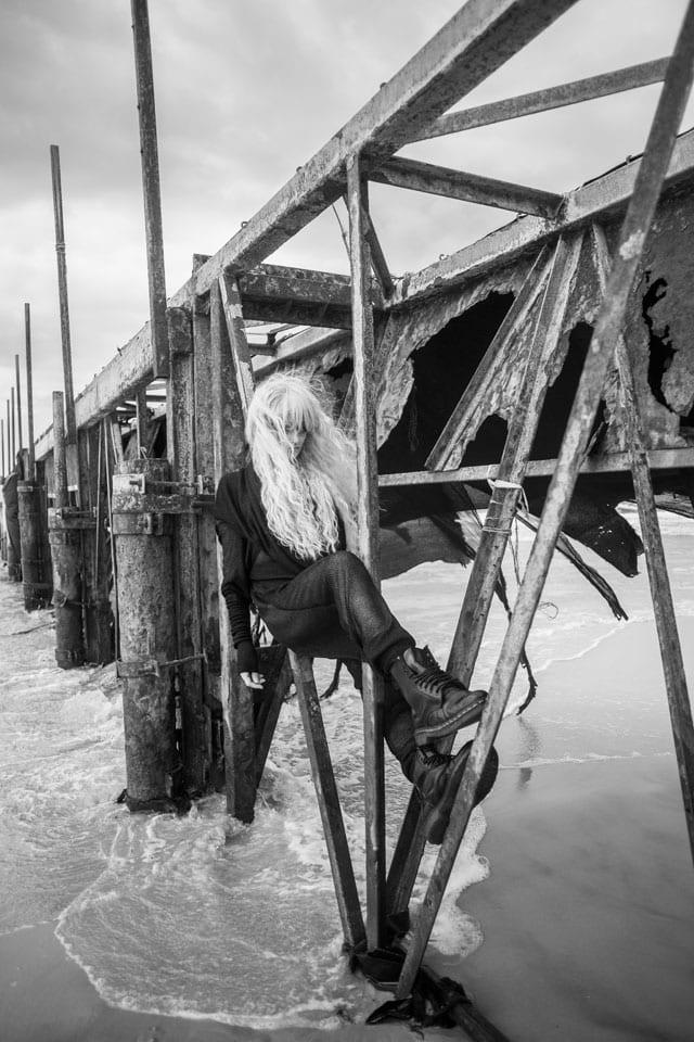 בצילום: קולקציית Black-L. של מעצבת האופנה לילך עוזי אהרוני. צילום: קרן שאוס-5