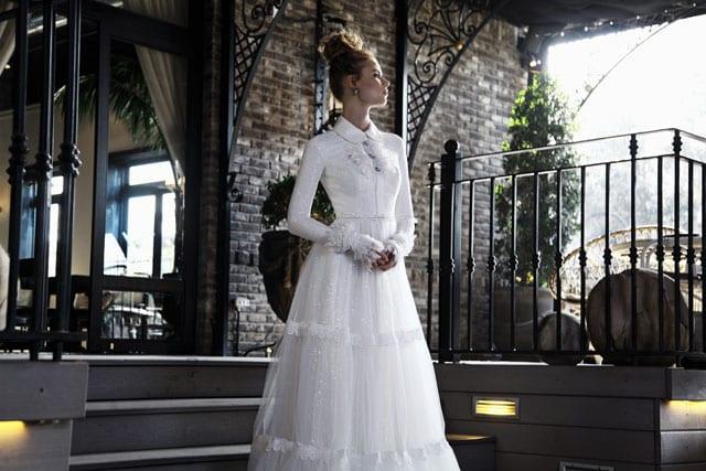 בתמונה: שמלת כלה של חיה אמסלם. צילום: טל עבודי - 12