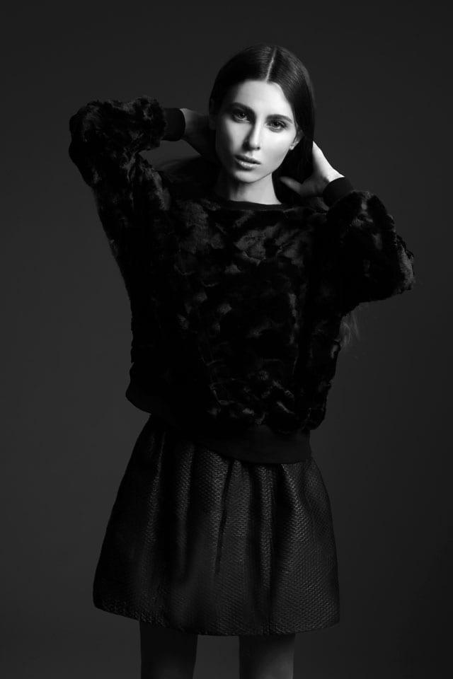 JulKorolkova, איפור איילת שמעוני, צלם זוהר שטרית, מגזין אופנה, מגזין אופנה אונליין, מגזין אופנה ישראלי, כתבות אופנה, Fashion, מגזין אופנה 2018, מגזין אופנה ועיצוב, Fashion Magazine - Efifo, אופנה - 4