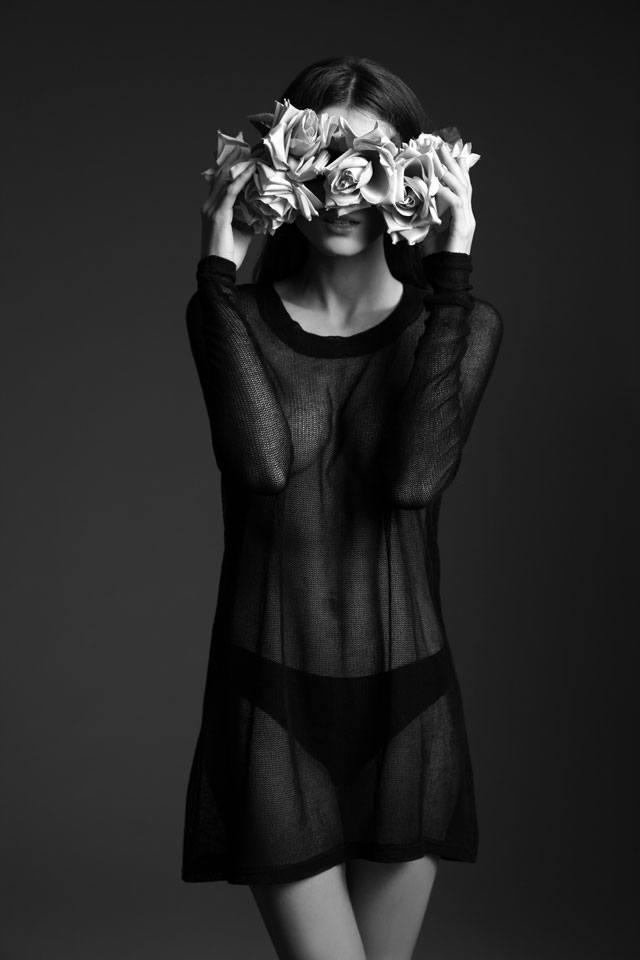JulKorolkova, איפור איילת שמעוני, צלם זוהר שטרית, מגזין אופנה, מגזין אופנה אונליין, מגזין אופנה ישראלי, כתבות אופנה, Fashion, מגזין אופנה 2018, מגזין אופנה ועיצוב, Fashion Magazine - Efifo, אופנה - 2