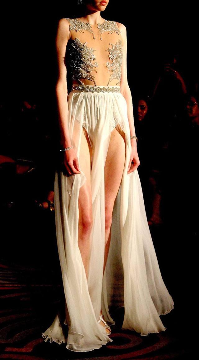 אלון ליבנה, אלון ליבנה שמלות כלה, שמלת כלה של אלון ליבנה, צילום סנדרה שאולסקי, מגזין אופנה, מגזין אופנה אונליין, מגזין אופנה ישראלי, כתבות אופנה, Fashion, מגזין אופנה 2018, מגזין אופנה ועיצוב, Fashion Magazine - Efifo, אופנה -7