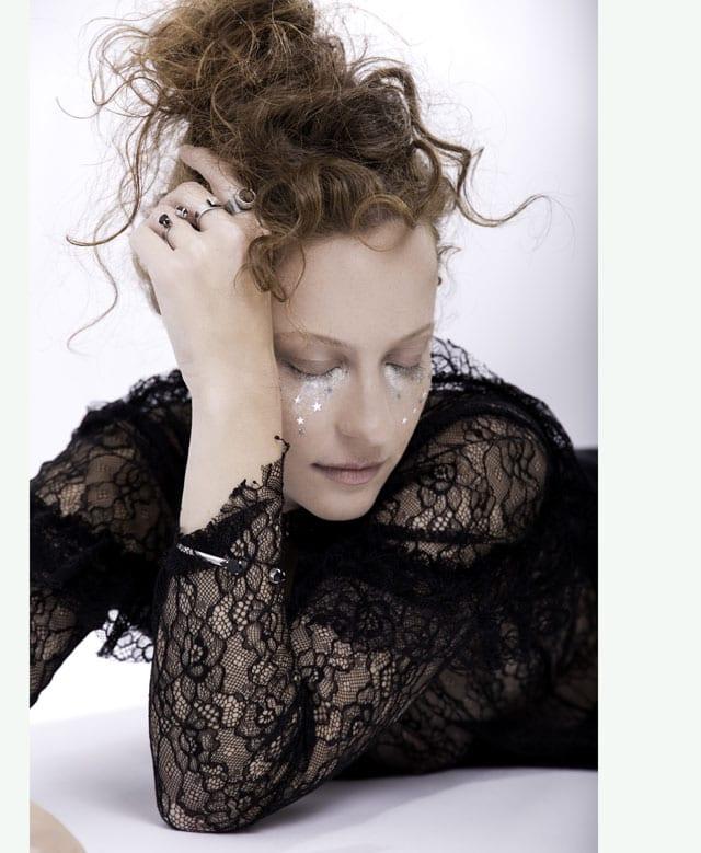 צילום Anastasia Shein, איפור Lana shvartman, תכשיטים Yuli's Jwl. עגילים, טבעות, שרשראות, קולרים, צמידים, EFIFO, אופנה, אתר אופנה, תכשיטים-1311