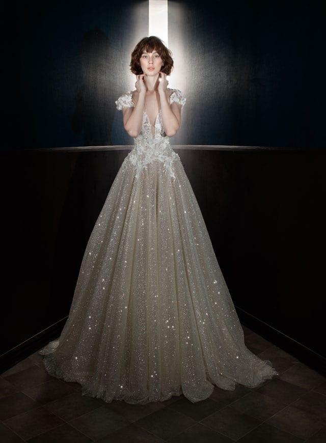 בצילום: שמלת כלה של גליה להב. 2017-18. צילום: יח״צ -3