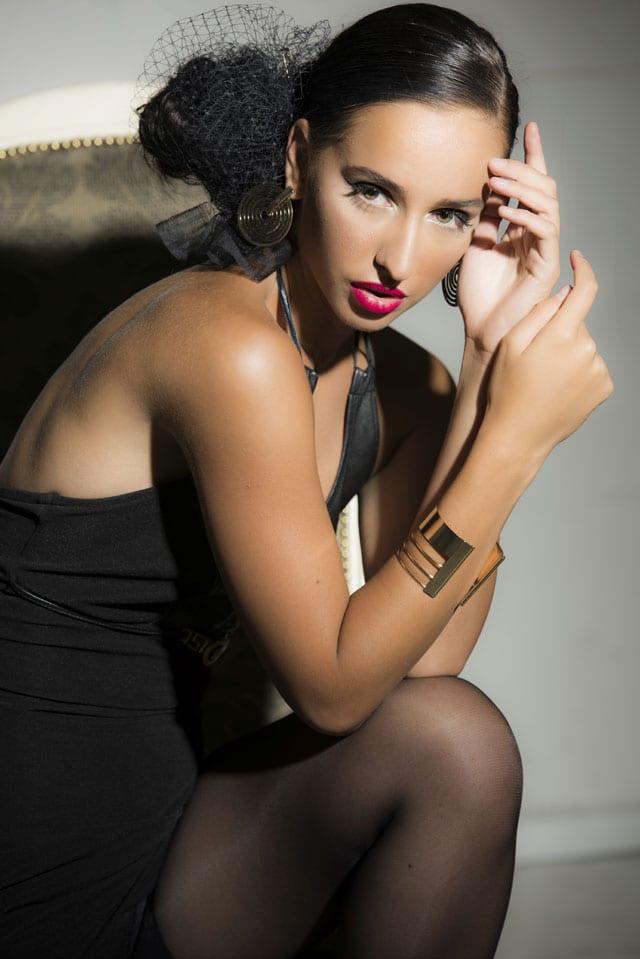 שמלה: לוני וינטג׳, תכשיטים וינטג': שרון סטאר -1