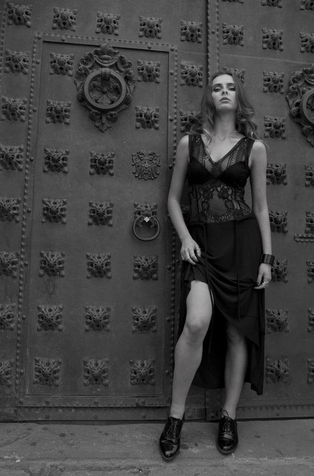 בצילום: הקולקצייה של מעצבת האופנה נועה שובל. צילום: נועה שובל -4