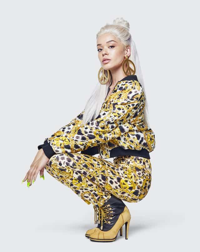 MOSCHINO [tv] H&M. צילום: מרקוס מאם, אופנה, מגזין אופנה, חדשות אופנה, כתבות אופנה, Fashiom Magazine, Fashion, Efifo ,מגזין אופנה ישראלי, מגזין אופנה ועיצוב, עיתון אופנה, מגזין אופנה אונליין, טרנדים, סטייל -11