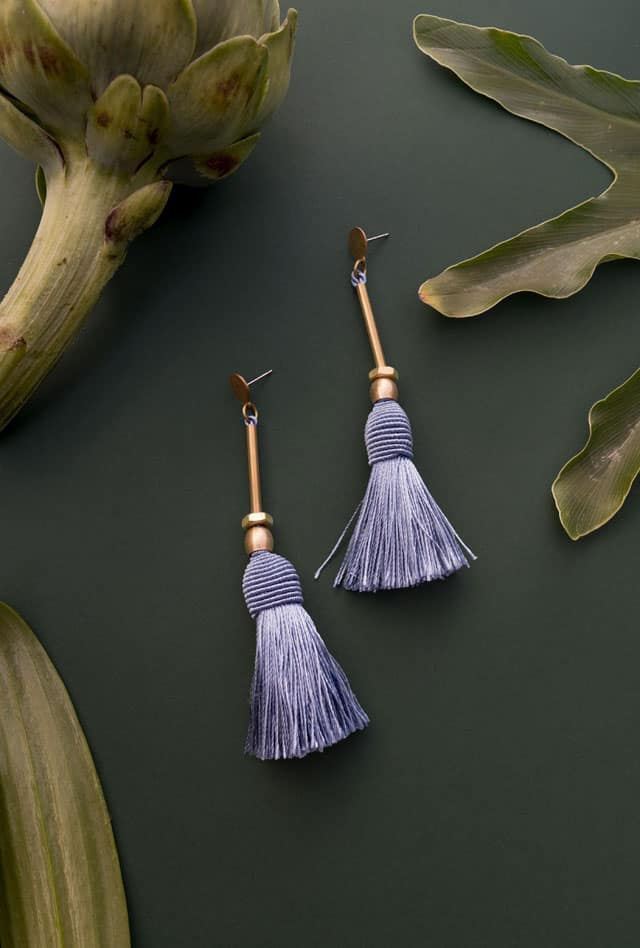 עגילים של MUtrah. צילום: מור אלדג