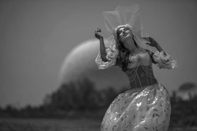 ״הכנסת כלה״,Masha Lysak,Natali Boychuk,Sali Petel,דוגמנית,הכנסת כלה,הפקה,הפקת אופנה,מאשה לישק,נטלי בויצ'וק,סלי פטל,עיצוב אופנה, צילום,אופנה, Fashion, מגזין אופנה ישראלי, מכללה לצילום, בית ספר לצילום, אופנה ישראלית, Fashion News, חדשות אופנה, חדשות אופנה 2018, Fashion Articles, מגזין אופנה, Fashion Magazine, כתבות אופנה, צילום אופנה, כתבות אופנה 2018, Efifo, מגזין אופנה אונליין, Photography, מגזין אופנה ועיצוב, מגזיני אופנה ישראלים, בית ספר לאופנה 2018, מגזין אופנה 2018, עיתון אופנה 2018, אינסטגרם, שיער, סטייל, מגזין האופנה של ישראל -3