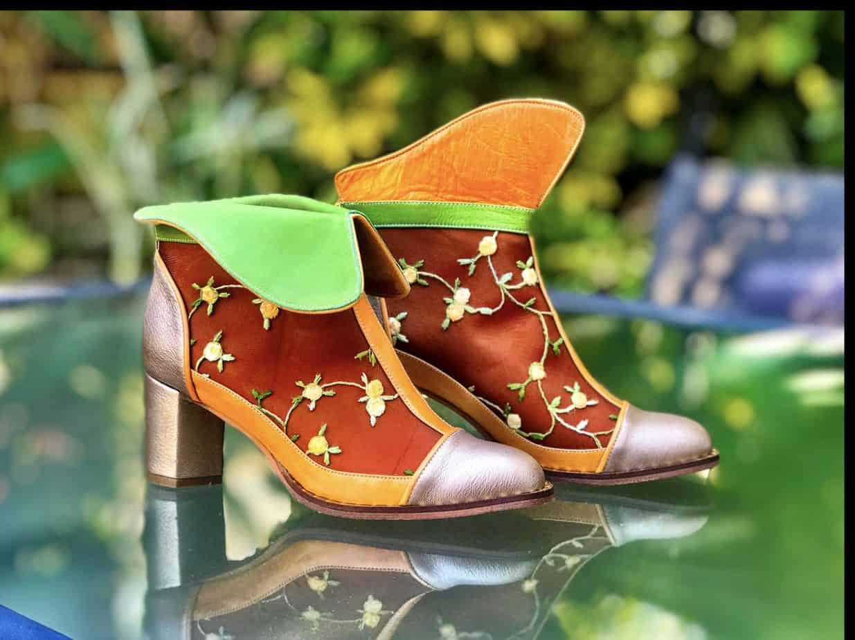 נעליים של מיקה דרימר. בתמונה Mika Drimer - Artistic Shoes. צילום: מיקה דרימר - 2