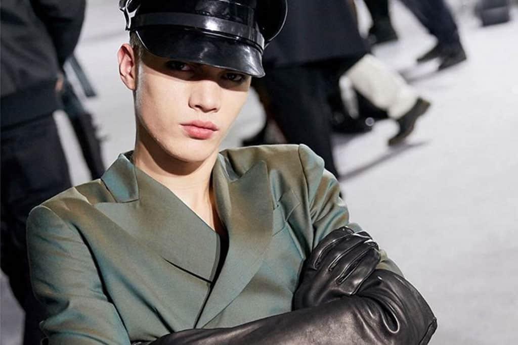 בתמונה: המראה הצבאי. תצוגת אופנה של מוסקינו בשבוע האופנה לגברים מילאנו 2018. צילום: אינסטגרם-3