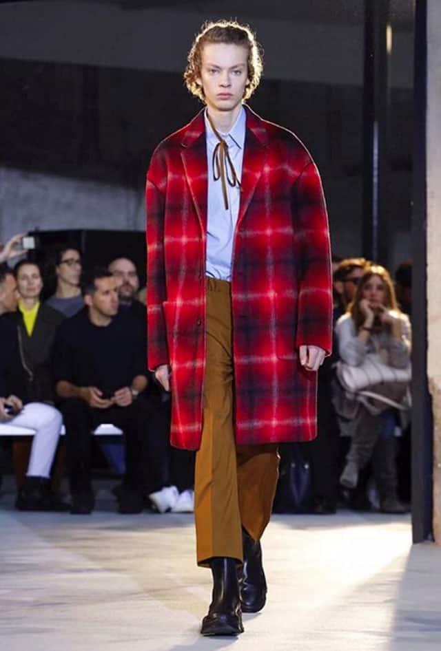 החנון. תצוגת אופנה של No.21 בשבוע האופנה לגברים מילאנו 2018. צילום: אינסטגרם