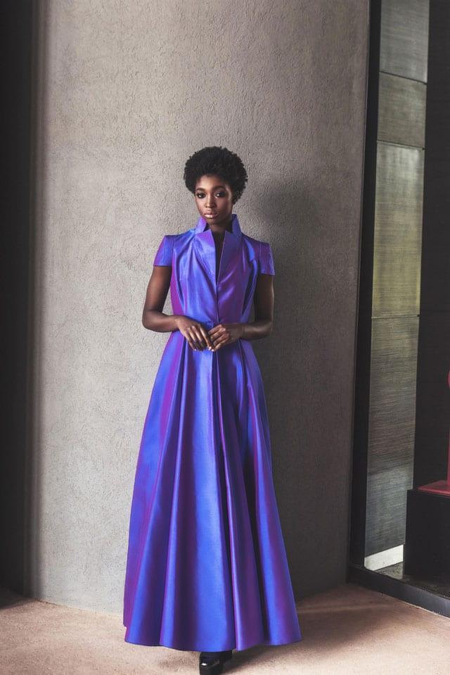 בצילום: שמלה סגולה של רזיאלה. מחיר: 3.500 שקל. צילום: אביב אברמוב