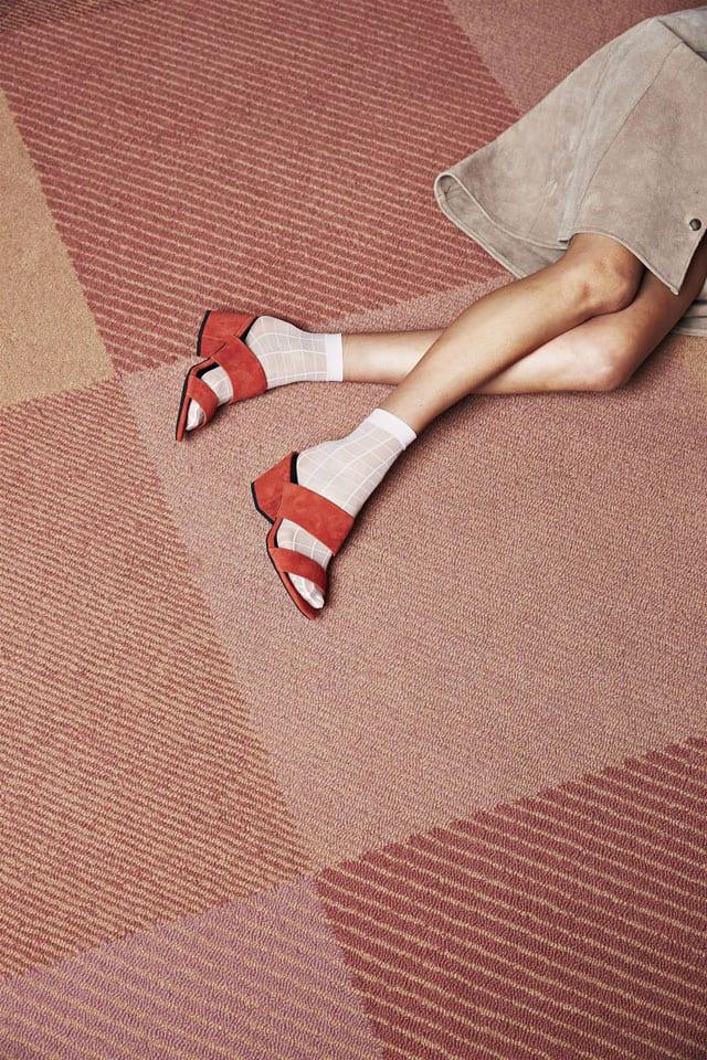 נעלי נשף פרום של Sol-Sana. נעלי נשף פרום של Sol-Sana. 690 שקל. צילום: Adam-Huntington, נעלי עקב מבריקות לנשף פרום נעלי עקב לנשים, אופנה, נעלי עקב מטאלי בורדו, נעלי נשף, נעלי אירועים, נעלי עקב נוצצות, נעלי נשף, efifo, אתר אופנה, prom, קניות בגדים באינטרנט, אופנה אונליין